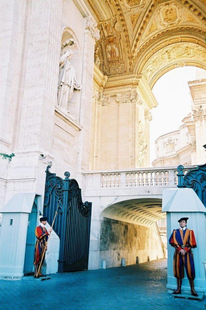 ローマ、ヴァチカン、サンピエトロ広場とサンピエトロ寺院。イタリア世界遺産