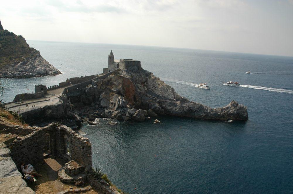 イタリア旅行専門店、イタリア個人旅行手配はイタリア旅行社におまかせくださいポルトヴェーネレとチンクエ・テッレ、周辺小島群=Portovenere, Cinque Terre e Isole:Palmaria, Tino e Tinetto