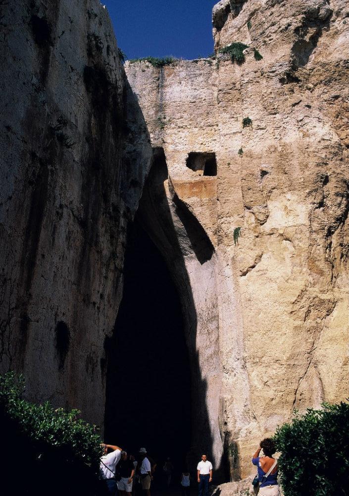 ディオニソスの耳。シチリア、シラクーサ、ネアポリ考古学地区