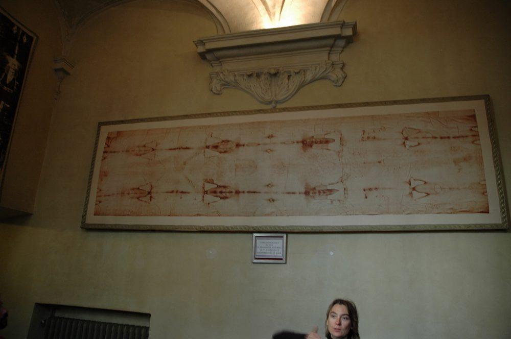 キリストの亡骸を包んだとされる聖骸布。ドゥオーモ(サン・ジョヴァンニ・バッティスタ大聖堂)