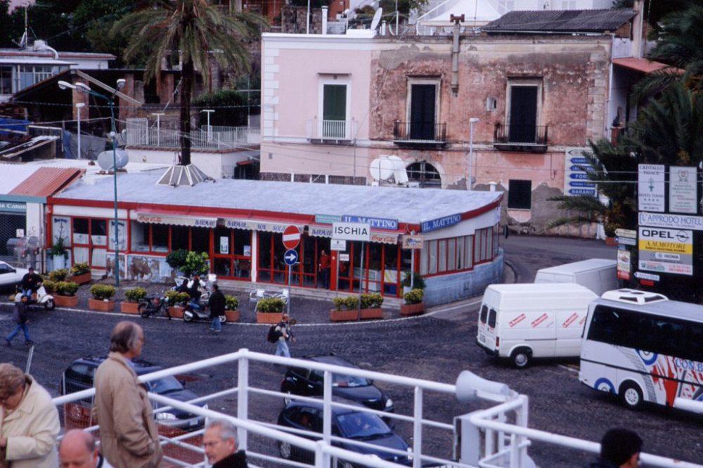 イスキア島を去る日がきました。これから船でナポリ港へ帰ります。