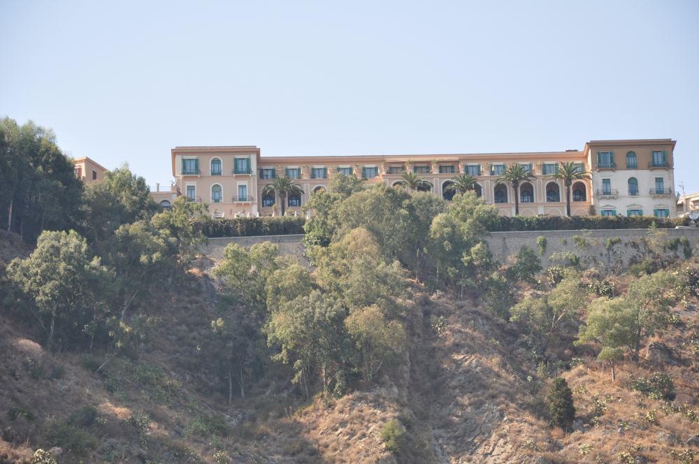 タオルミーナグランブルーの舞台になったサンドメニコパレスホテル