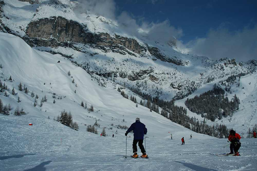 イタリアスキー、アラッバからドロミテスーパースキー